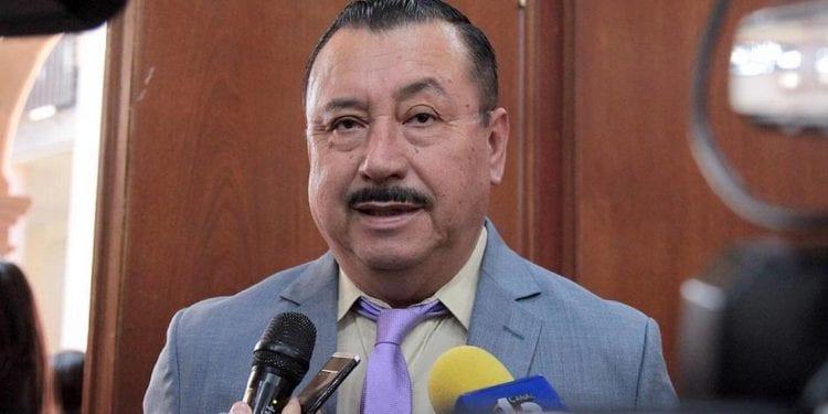 Mario Lárraga