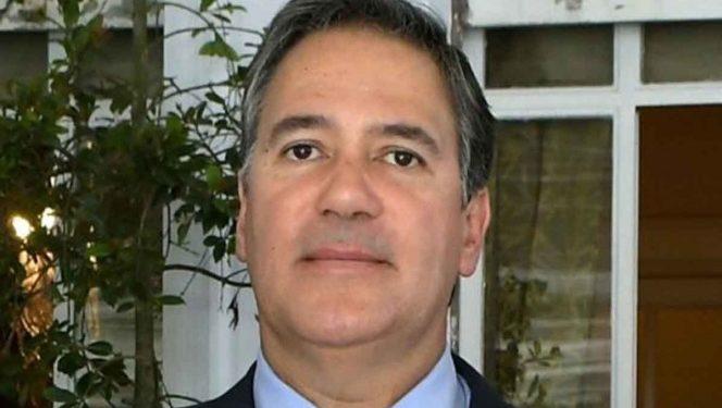 Hallaron un laboratorio de drogas en casa de embajador de Colombia